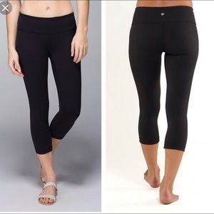 Lululemon Wunder Under Crops 4